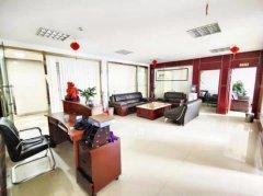 国际中心180平精装修带家具出租 无转让费不限业态